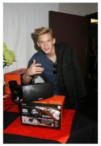 Cody Simpson gives a thumbs up to Korus while during Dancing With The Stars